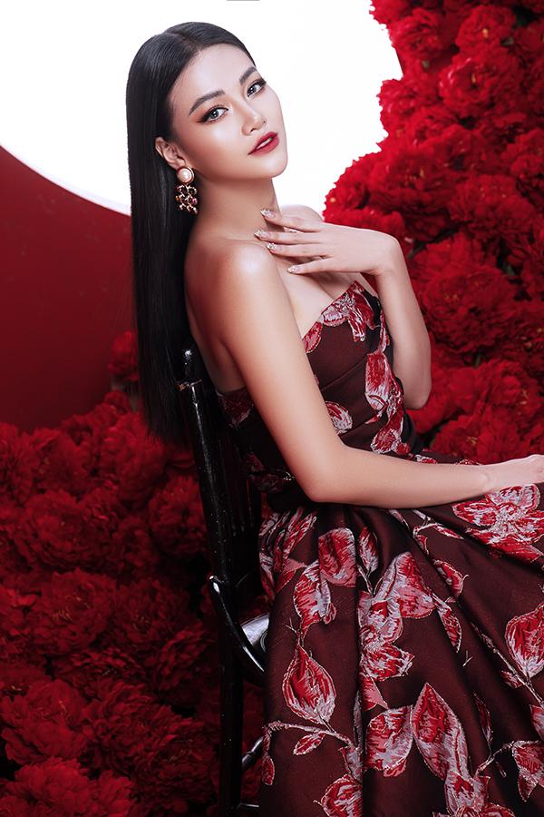 Hoa hậu Trái đất Phương Khánh tung bộ ảnh nữ hoàng quyền lực, đậm chất Á Đông-5