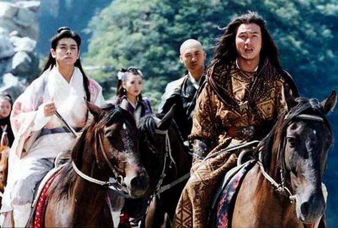Hư Trúc nổi tiếng của Thiên long bát bộ: Bị đuổi khỏi showbiz, bạn gái nóng bỏng bỏ rơi-2