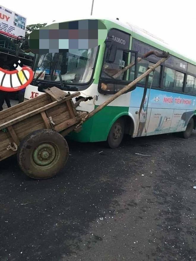 Hiện trường vụ tai nạn xe tải lao vào nhà dân khiến nhiều người cố đi tìm lời giải thích-3