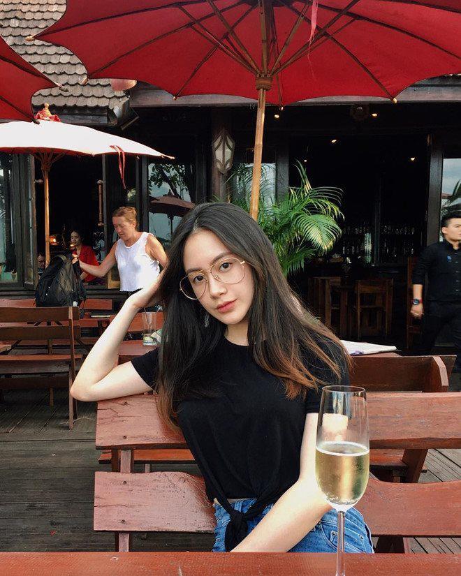 Chân dung nàng hot girl Lào gốc Việt nổi tiếng xinh đẹp-9