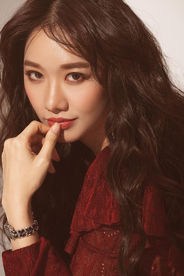 """Bộ ảnh FA thì không nên xem"""" của Trấn Thành – Hari Won gây sốt"""" nhân ngày Valentine-12"""