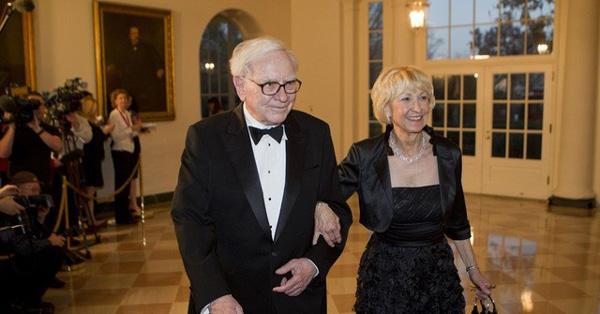 Tình yêu kiểu tỷ phú: Jeff Bezos yêu vợ bạn thân, Warren Buffett yêu bạn thân của vợ và 2 cái kết hoàn toàn đối lập-5