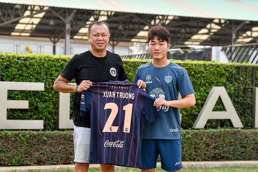 Bao nhiêu cầu thủ Việt Nam từng chơi bóng tại nước ngoài?-2