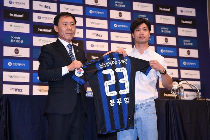 Bao nhiêu cầu thủ Việt Nam từng chơi bóng tại nước ngoài?-3