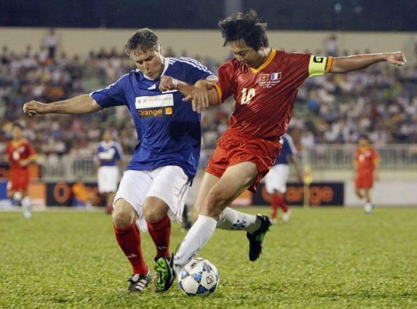 Bao nhiêu cầu thủ Việt Nam từng chơi bóng tại nước ngoài?-4