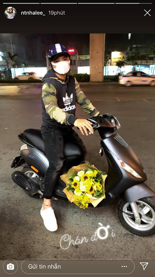 Được Quang Hải phi xe tới tặng hoa ngày Valentine, phản ứng của Nhật Lê mới gây bất ngờ-2