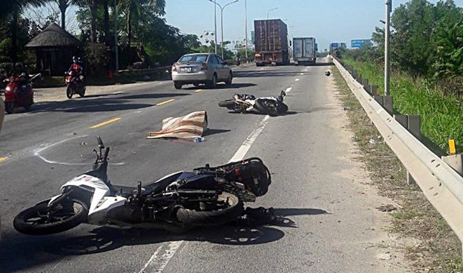 Quảng Nam: Nữ du khách nước ngoài tử vong thương tâm sau va chạm với xe đầu kéo-1