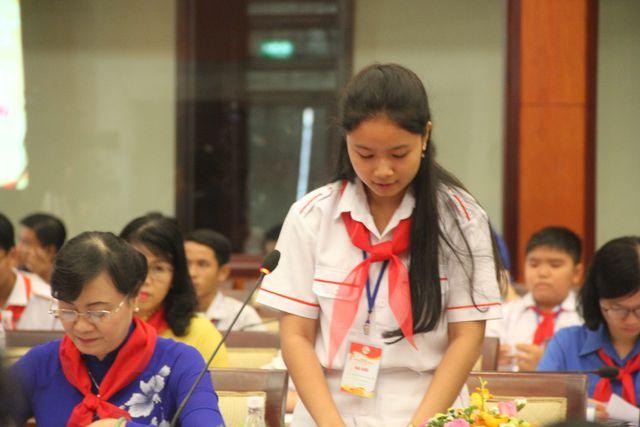 """Học sinh TPHCM xin"""" giảm áp lực cho thầy cô-2"""