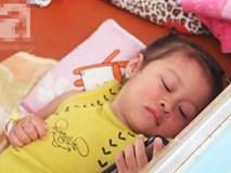 Dịch sởi đang diễn biến bất thường nhưng nhiều bà mẹ vẫn