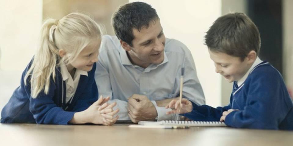8 cách dạy con thành tài của bậc cha mẹ thông minh: Không phải để lại núi vàng, hãy giúp con có tư duy và trở thành doanh nhân nhí ngay từ bây giờ-2