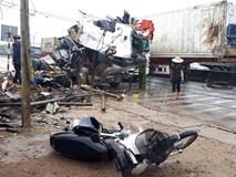 Xe container đâm liên hoàn trên quốc lộ, 1 người chết, 7 bị thương