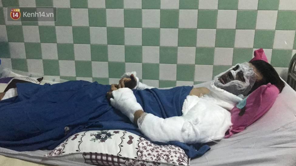 Người cha đau xót kể lại vụ việc con trai bị tạt axit, cắt gân chân khi chở bạn gái đi chơi Tết-3