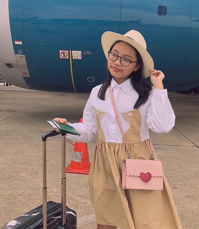 Phong cách ra phố sành điệu của Phương Mỹ Chi với short ngắn, quần rách te tua-6