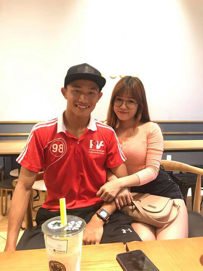 Thủ môn đẹp trai của tuyển U22 Việt Nam hóa ra là người yêu một thời của Yến Xuân - bạn gái Lâm Tây-5