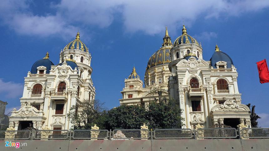 Lâu đài hoành tráng như trong truyện cổ tích của đại gia Ninh Bình-2