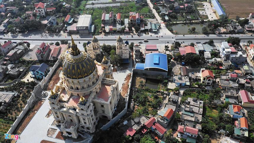 Lâu đài hoành tráng như trong truyện cổ tích của đại gia Ninh Bình-4