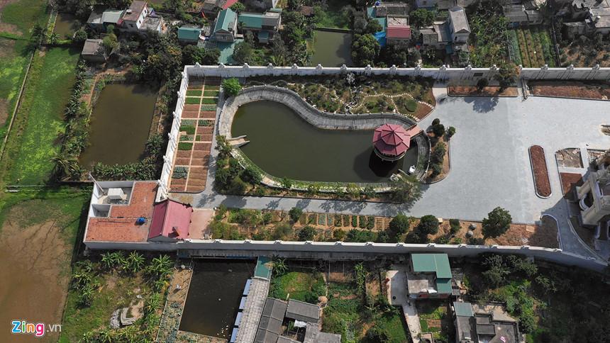 Lâu đài hoành tráng như trong truyện cổ tích của đại gia Ninh Bình-6