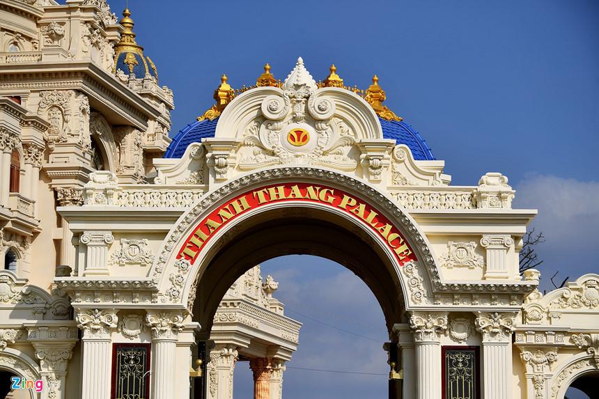 Lâu đài hoành tráng như trong truyện cổ tích của đại gia Ninh Bình-7