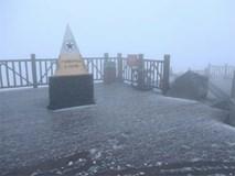 Chuyên gia khí tượng lý giải hiện tượng tuyết rơi bất thường ở Fansipan