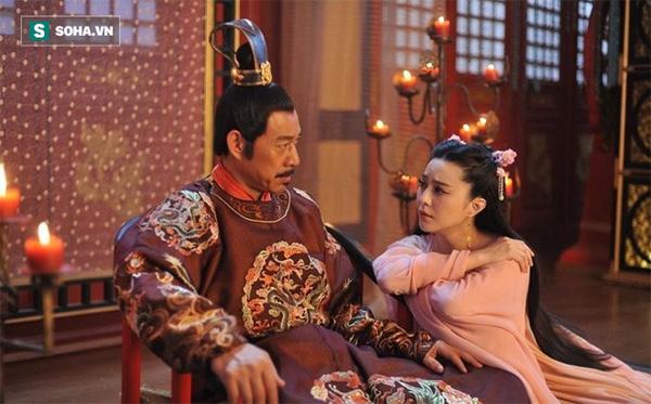 """Thấy Hoàng đế đi qua, cô gái đánh bạo làm liều"""" 1 việc và sau này trở thành Võ Tắc Thiên-3"""