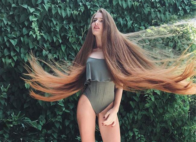 2 cô gái đẹp châu Âu mái tóc thác nước khiến người gặp, người yêu-10