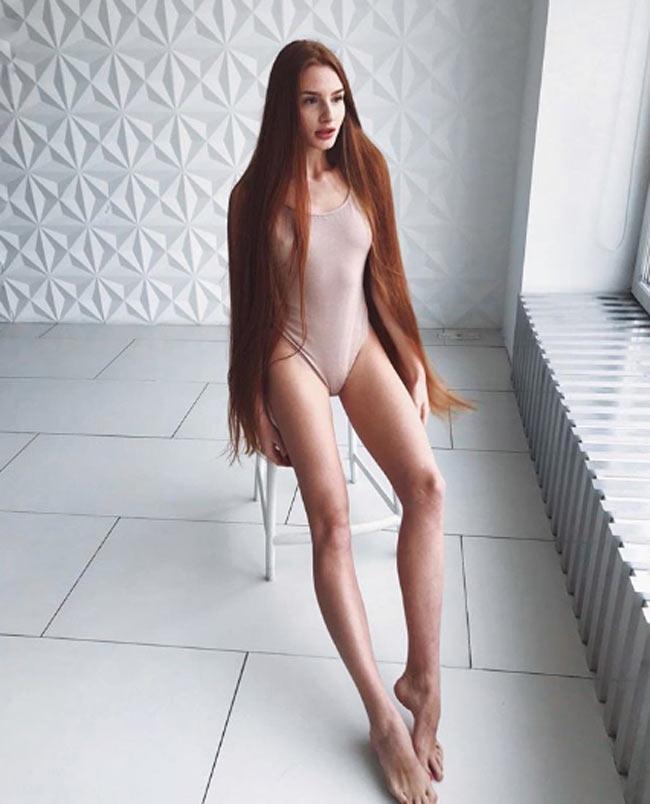 2 cô gái đẹp châu Âu mái tóc thác nước khiến người gặp, người yêu-11