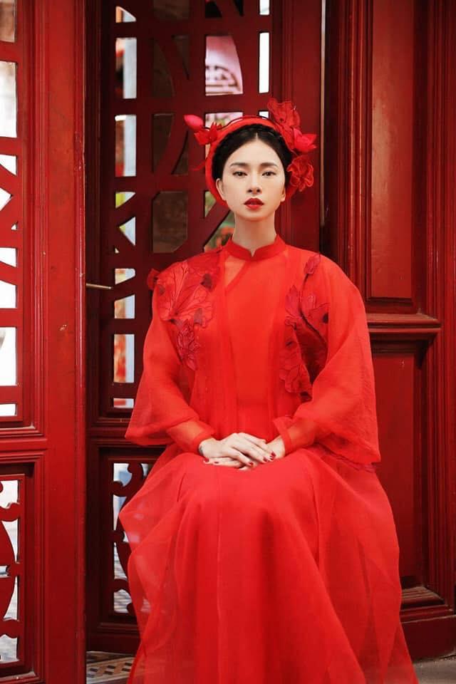 Ngô Thanh Vân rực rỡ sắc đỏ cùng thần thái sắc lạnh vạn người mê-5