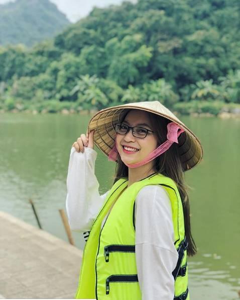Liên tục bị antifan chỉ trích vì ăn mặc sexy, bạn gái Quang Hải đã có hành động đáp trả cực khiêu khích-9