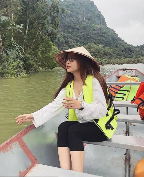 Liên tục bị antifan chỉ trích vì ăn mặc sexy, bạn gái Quang Hải đã có hành động đáp trả cực khiêu khích-10