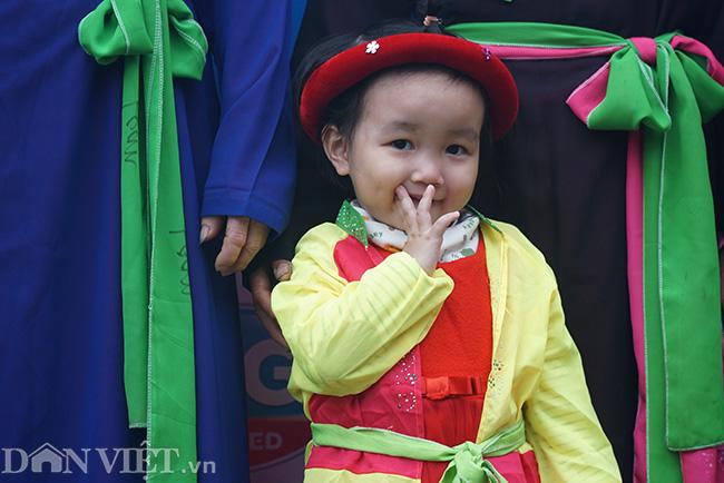 Thu hàng triệu đồng mỗi ngày nhờ cho thuê trang phục ở hội Lim-2