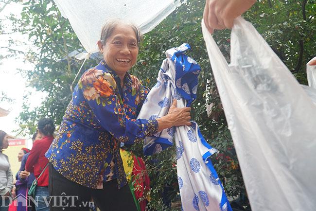 Thu hàng triệu đồng mỗi ngày nhờ cho thuê trang phục ở hội Lim-6