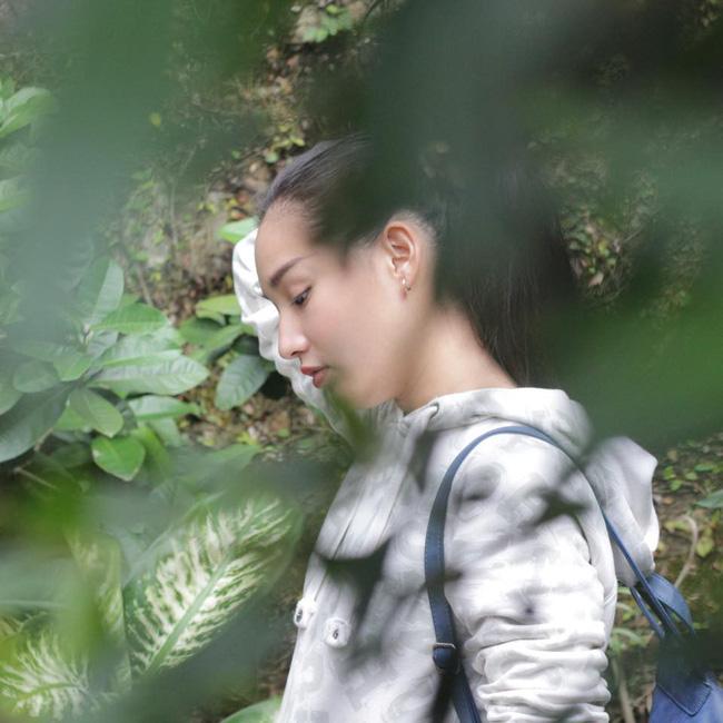 4 năm sau khi người mẫu Duy Nhân qua đời vì ung thư: Kiều Oanh vẫn lẻ bóng, coi mẹ chồng như người mẹ thứ 2-9