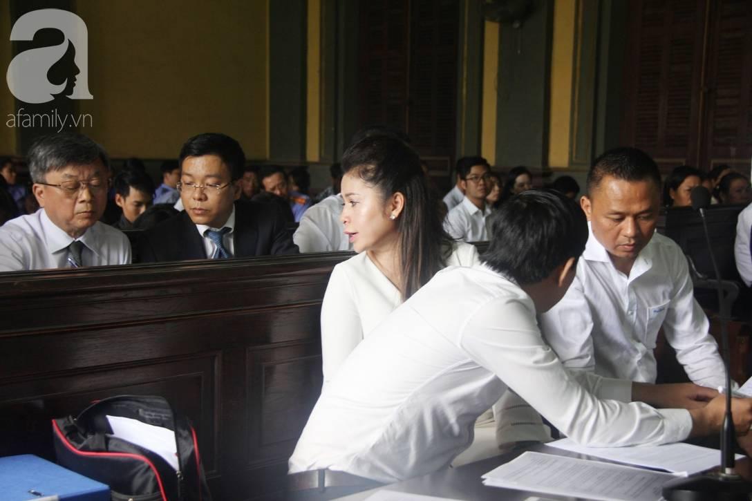 Ông Đặng Lê Nguyên Vũ nói với vợ: Không ai giành giật cái gì cả, mình đã sai rồi, đừng làm tổn thương các con-12