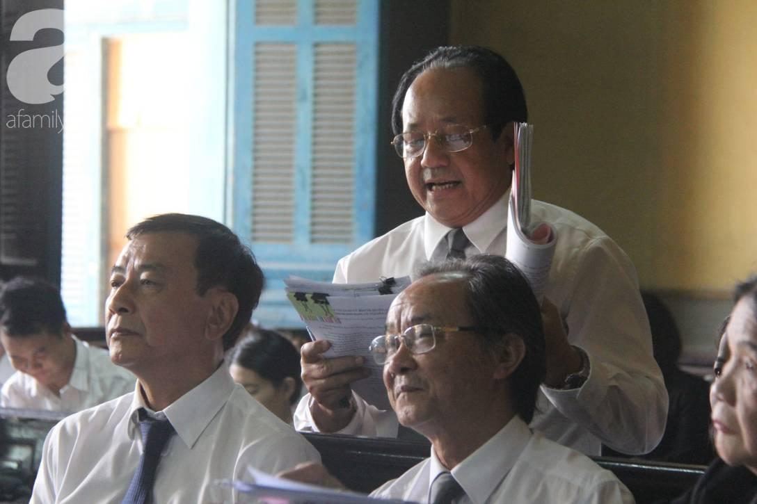 Ông Đặng Lê Nguyên Vũ nói với vợ: Không ai giành giật cái gì cả, mình đã sai rồi, đừng làm tổn thương các con-13