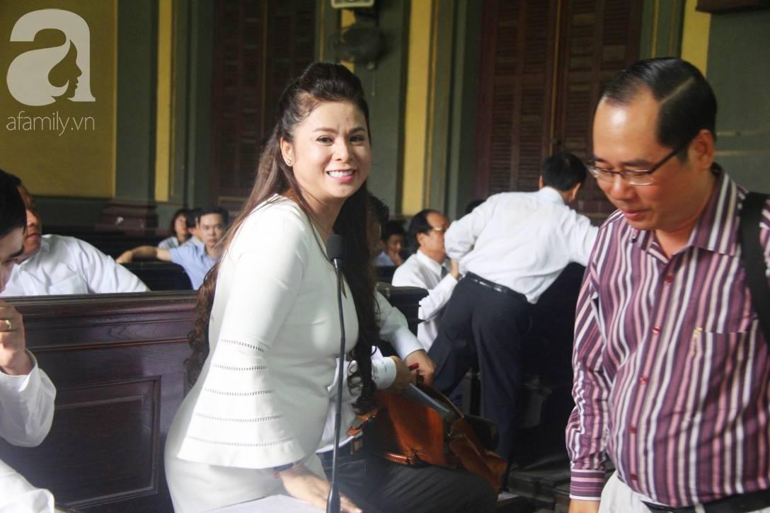 Ông Đặng Lê Nguyên Vũ nói với vợ: Không ai giành giật cái gì cả, mình đã sai rồi, đừng làm tổn thương các con-14