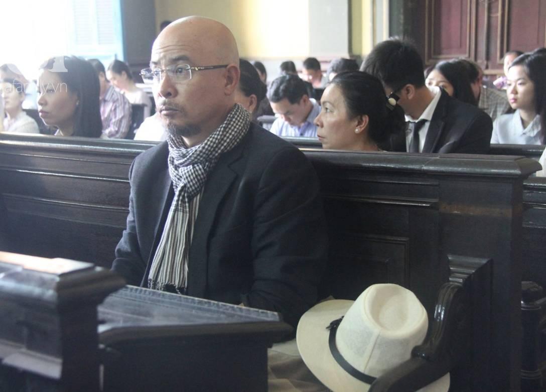 Ông Đặng Lê Nguyên Vũ nói với vợ: Không ai giành giật cái gì cả, mình đã sai rồi, đừng làm tổn thương các con-16