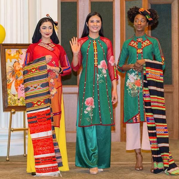 Hoa hậu Ngọc Hân mang áo dài sang New York diễn cho kiều bào-3