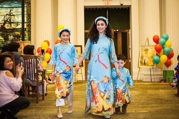 Hoa hậu Ngọc Hân mang áo dài sang New York diễn cho kiều bào-5