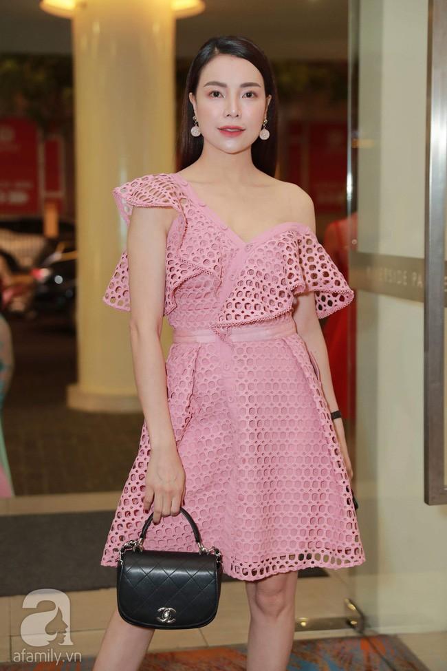 Trà Ngọc Hằng sến súa khi đụng lại váy 2 năm trước với Jessica Jung và cả loạt mỹ nhân-1