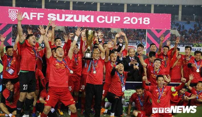 Báo Thái Lan: Sao không nhìn tấm gương bóng đá Việt Nam mà học hỏi?-1