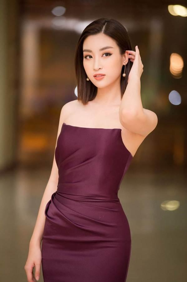 Hoa hậu Mỹ Linh vai trần gợi cảm làm giám khảo Người đẹp Kinh Bắc-2