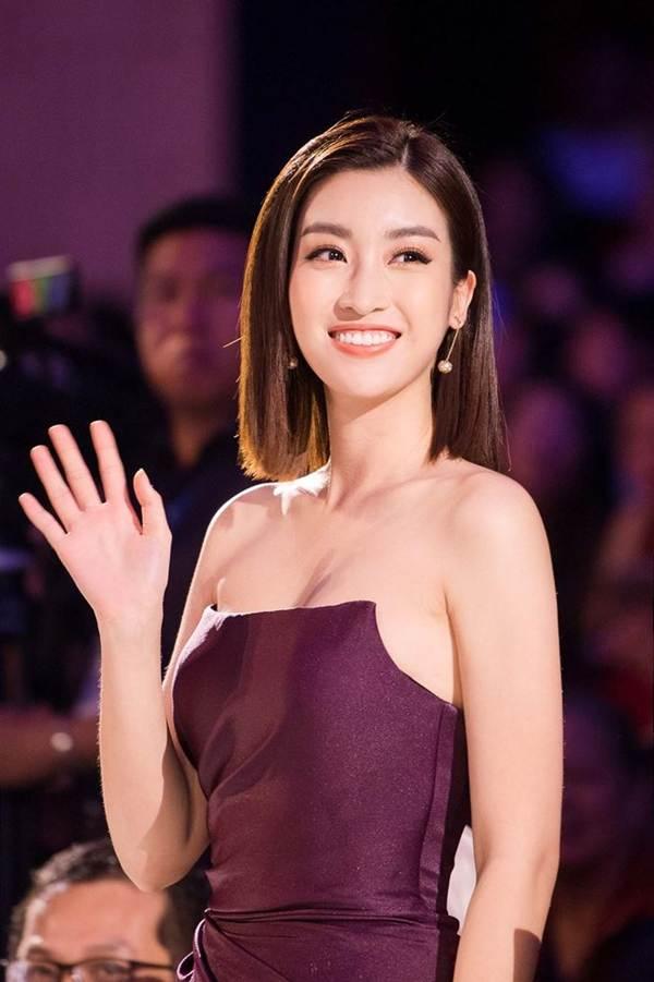 Hoa hậu Mỹ Linh vai trần gợi cảm làm giám khảo Người đẹp Kinh Bắc-8