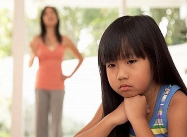 8 câu nói tưởng vô tình mà lại khiến con bị tổn thương lòng tự trọng vô cùng, cha mẹ tuyệt đối nên tránh-5