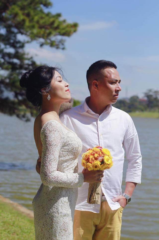 Loạt khoảnh khắc lãng mạn như chụp ảnh cưới của cặp đôi Mạnh Hùng - Hoàng Linh-10