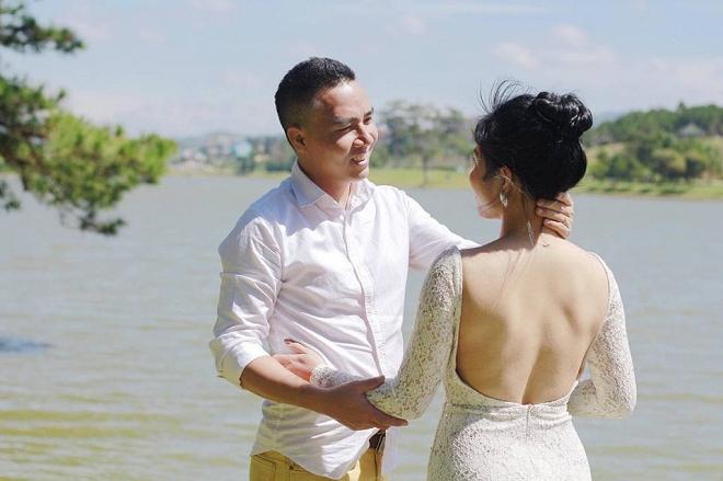 Loạt khoảnh khắc lãng mạn như chụp ảnh cưới của cặp đôi Mạnh Hùng - Hoàng Linh-3