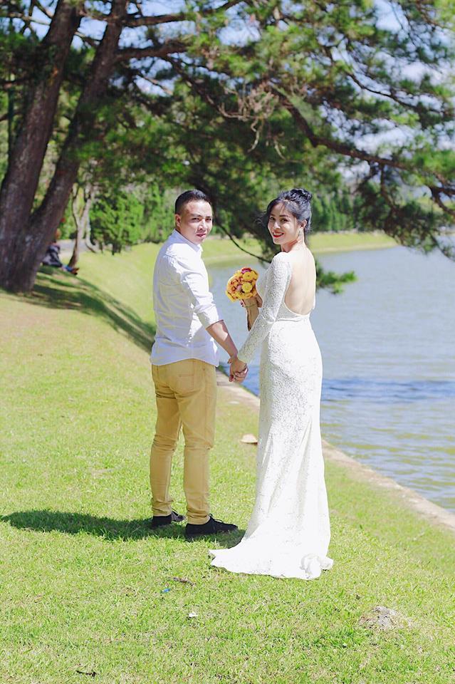 Loạt khoảnh khắc lãng mạn như chụp ảnh cưới của cặp đôi Mạnh Hùng - Hoàng Linh-7
