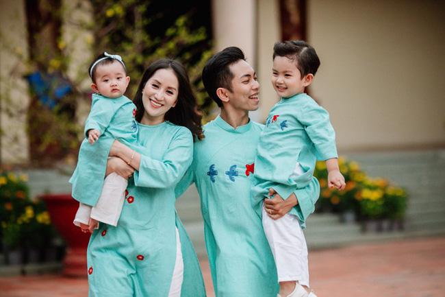 Từng bị bố mẹ Phan Hiển phản đối vì chênh lệch tuổi tác, mối quan hệ giữa Khánh Thi và gia đình chồng hiện ra sao?-3
