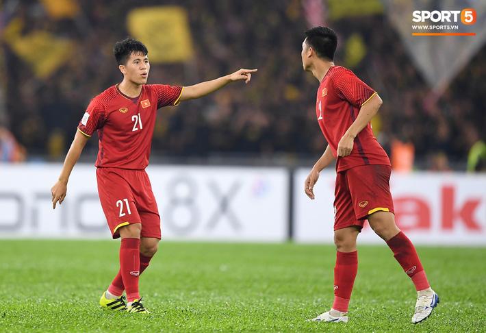 Hé lộ danh sách U22 Việt Nam dự vòng loại Châu Á: Đình Trọng góp mặt, Danh Trung được trao cơ hội-1