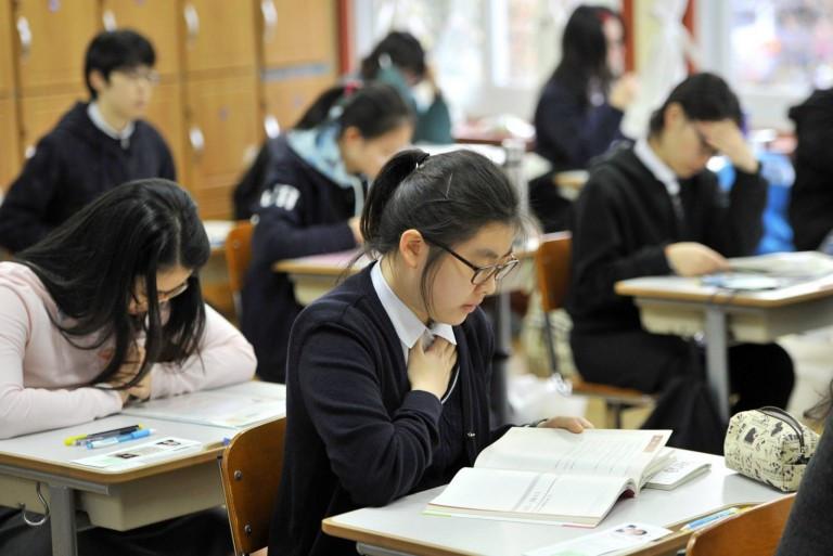 Học hành căng thẳng, học sinh chọn cái chết tự giải thoát-5