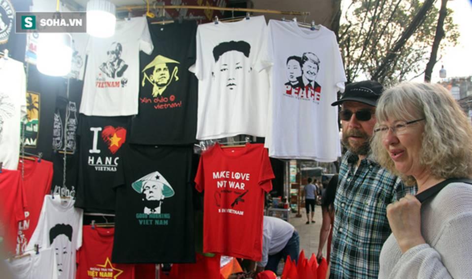 Kiếm chục triệu mỗi ngày nhờ bán áo in hình Donald Trump - Kim Jong Un-2